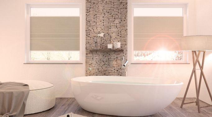 Plissees-und-Faltstores-Sichtschutz-im-Badezimmer Plissees & Faltstores