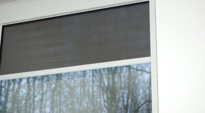 Solar-Folienrollos-an-Fenster Solar Folienrollos